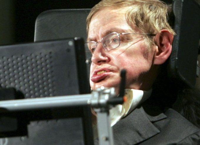 Στίβεν Χόκινγκ: Ο άνθρωπος που, πριν πεθάνει, νίκησε τον χρόνο