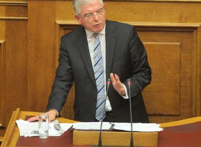 Λυκουρέντζος: Αρνούμαι να συμπράξω στην εκτροπή από τα οριζόμενα στο Σύνταγμα