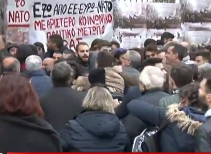 Προπηλακίστηκαν στελέχη και πρώην υπουργοί του ΣΥΡΙΖΑ στο Πολυτεχνείο