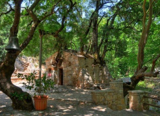 Αγία Θεοδώρα Βάστα: Το εκκλησάκι που μπήκε στο βιβλίο Γκίνες