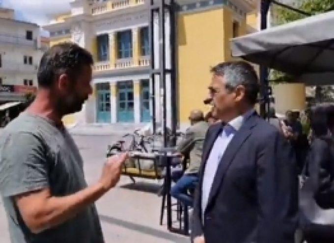 Επίσκεψη Τζιούμη σε καταστήματα εστίασης στο κέντρο της Τρίπολης (videos)