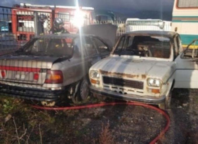 Τρίπολη | Πυρκαγιά σε δυο αυτοκίνητα
