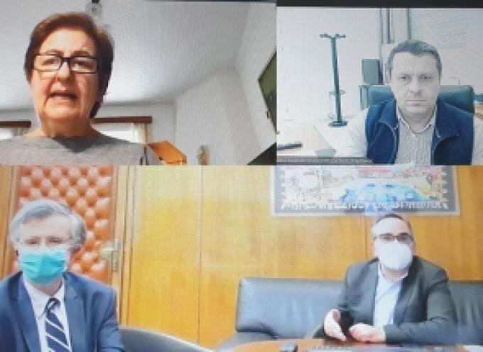 Τηλεδιάσκεψη Καμπύλη με Κοντοζαμάνη, Τσιόδρα και την Διευθύντρια του Κέντρου Υγείας Άστρους